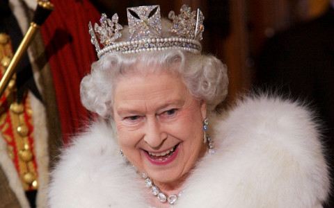 The Queen Ditches Fur This Winter