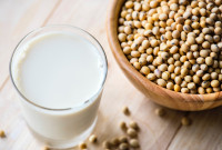 Plant-based Milk on the Rise: A Quarter of Britons Choose the Vegan Option